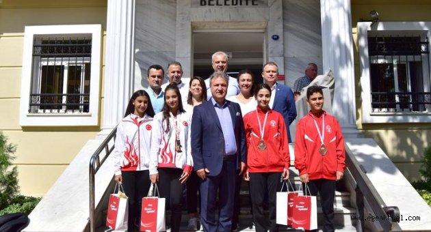 Cimnastik ve tekvandoda Bornova'ya dört madalya