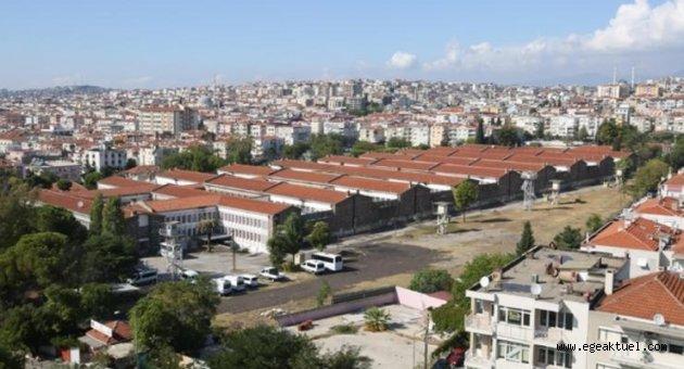 İzmir'de filmlere de sahne olan 62 yıllık Buca Cezaevi kapatıldı