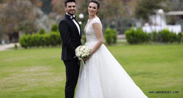 Milli futbolcu İzmir'de evlendi