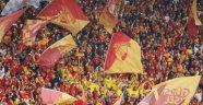 Göztepe'de bir futbolcuda koronavirüs vakası!